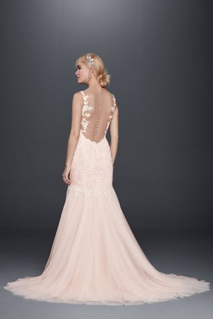 what wedding hair for lace trumphet dress