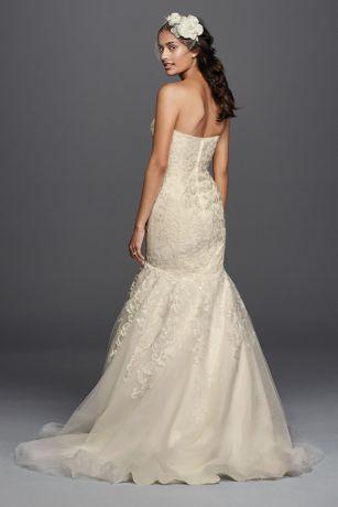 Lace wedding dress with sweetheart neckline davids bridal save junglespirit Gallery