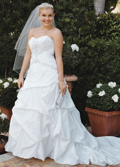 Strapless Sweetheart Taffeta Pick-up  9T9670