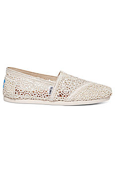 TOMS Crochet Classic Slip-On Shoe 10007858