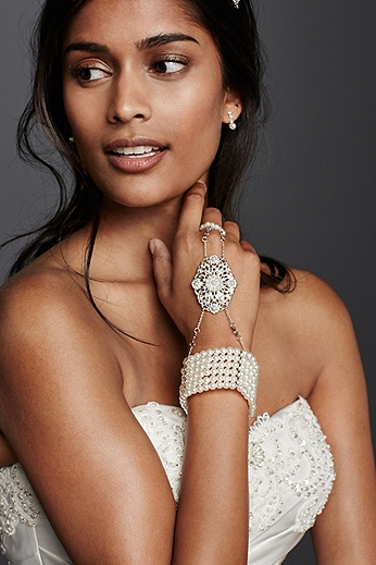 Pearl Hand Jewelry 132427B