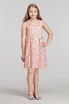 Short Sleeveless Lace Dress with Necklace 53013
