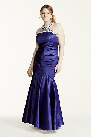 Heavily Encrusted Halter Neck Fit and Flare Dress 8977QP6W