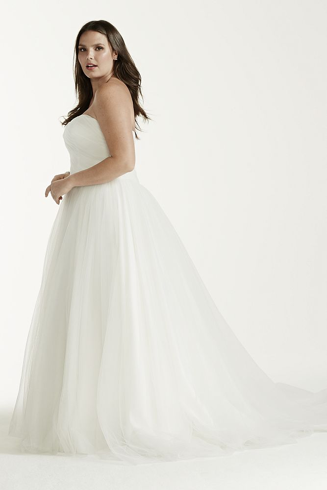 David 39 s bridal sample strapless ruched bodice tulle ball for David s bridal tulle wedding dress