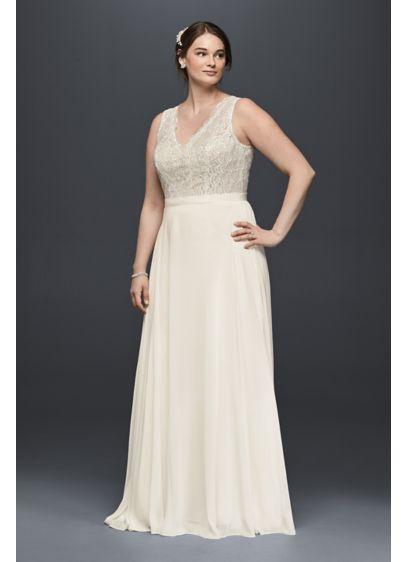 Scalloped Lace and Chiffon Plus Size Wedding Dress | David\'s Bridal