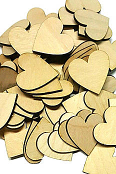 Set of 25 Wooden Hearts DB1005HT