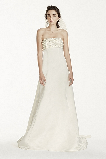 Strapless Empire Aline Gown with Watteau Train JS3777