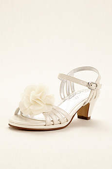 Touch of Nina Ivory Flowergirl Shoes (Touch of Nina Flower Girl Sandal with Flowers)