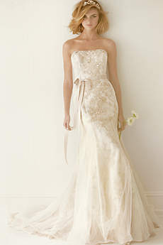 As-Is Lace Wedding Dress with Ruffle Train