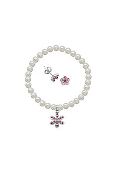 Crystal Flower and Pearl Bracelet and Earrings Set R9A9XS97WL