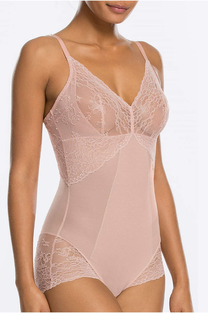 Spanx Spotlight on Lace Bodysuit - Effective shaping and the prettiest lace detailing make