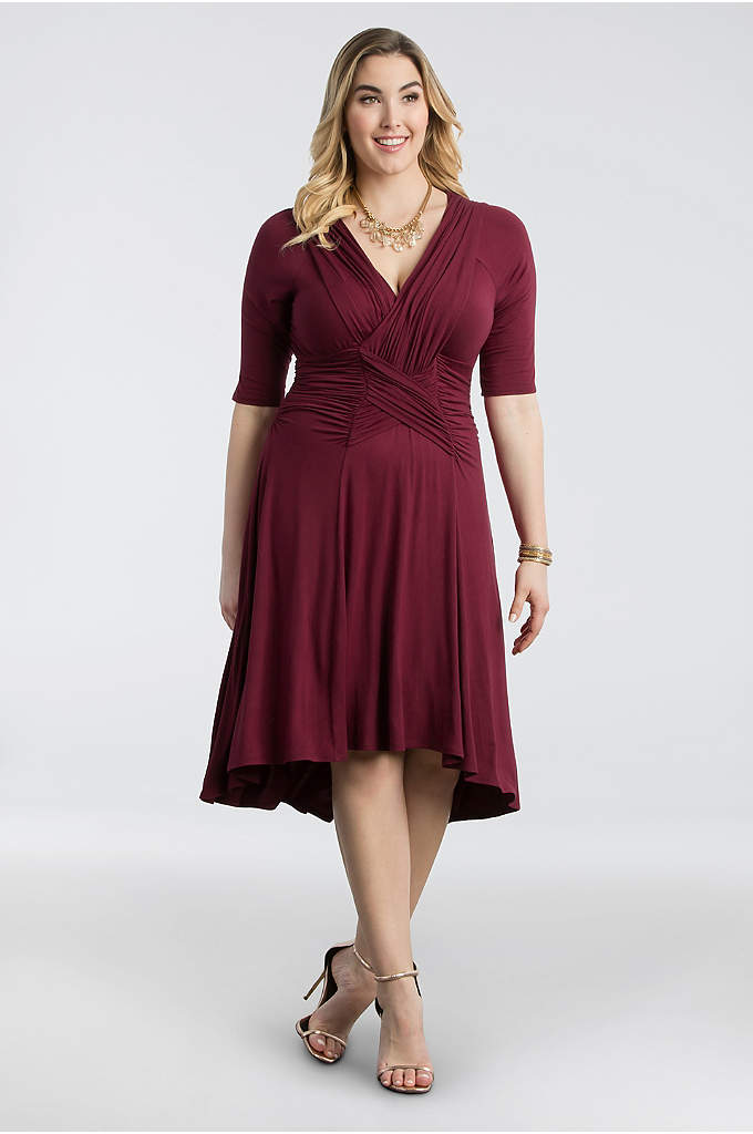 Refined Ruched Plus Size Dress - Strategic woven ruching whittles the waist on this