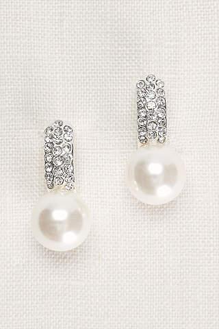 Aretes de Perlas Con Cristales Incrustados.