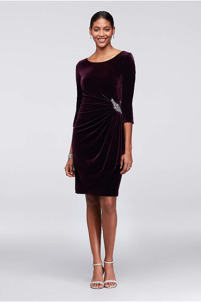 Stretch Velvet Cocktail Dress with Beaded Accent - A chic choice for the mother of the
