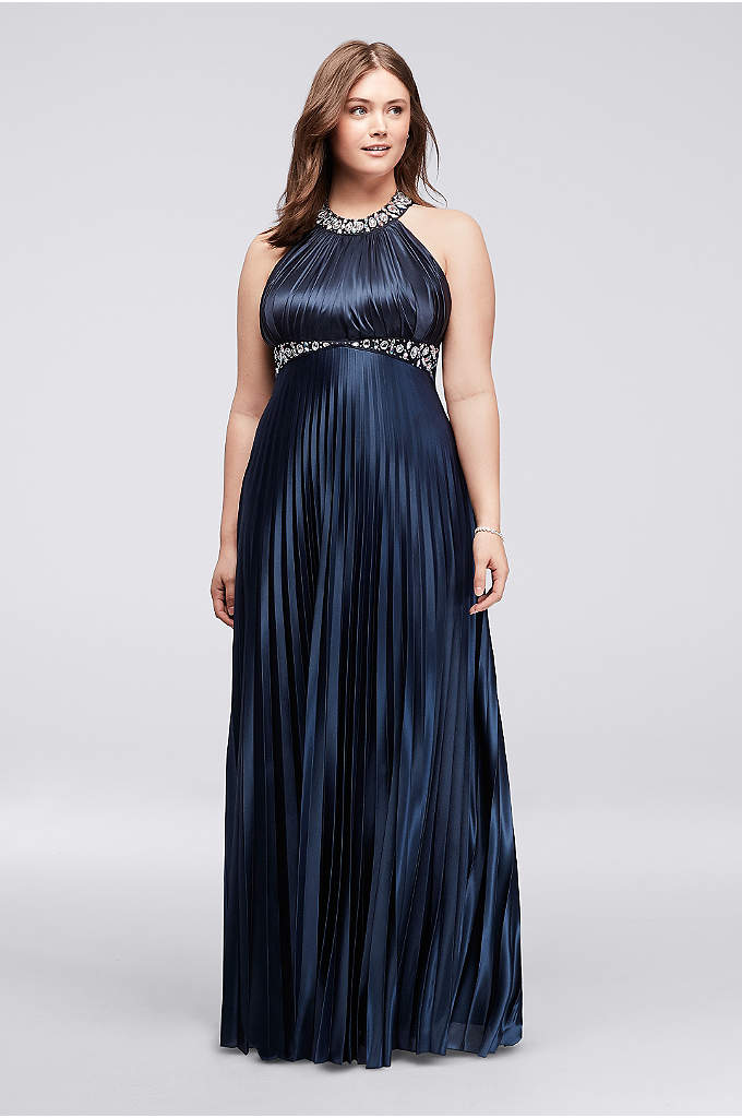 flattering prom dresses for plus size