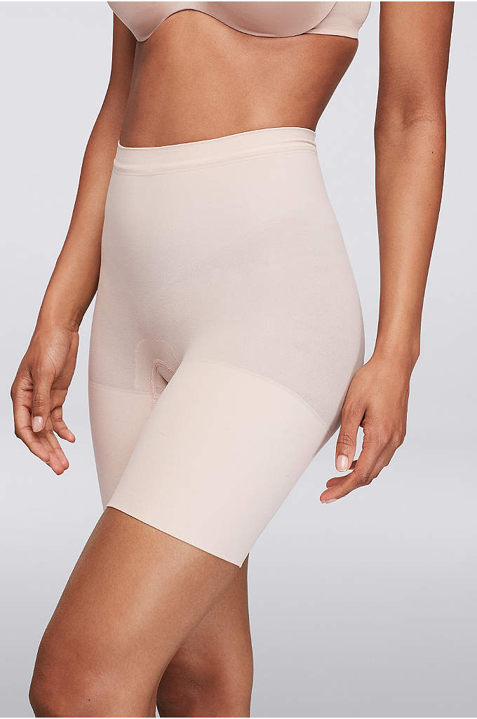 Spanx Mid Thigh Power Short - This lightweight, shorts-style shaper provides comfortable, all-day control.