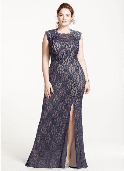 Long Lace Cap Sleeve Plus Size Dress with Keyhole | David\'s Bridal