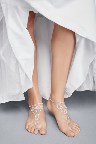 Crystal Chandelier Foot Jewelry with Toe Ring | David's Bridal | Tuggl