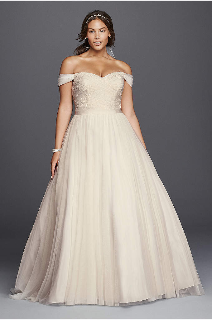 Beaded Lace Sweetheart Plus Size Wedding Dress - A ball gown wedding dress that's as elegant