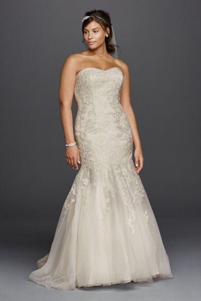lace sweetheart neckline plus size wedding dress | david's bridal