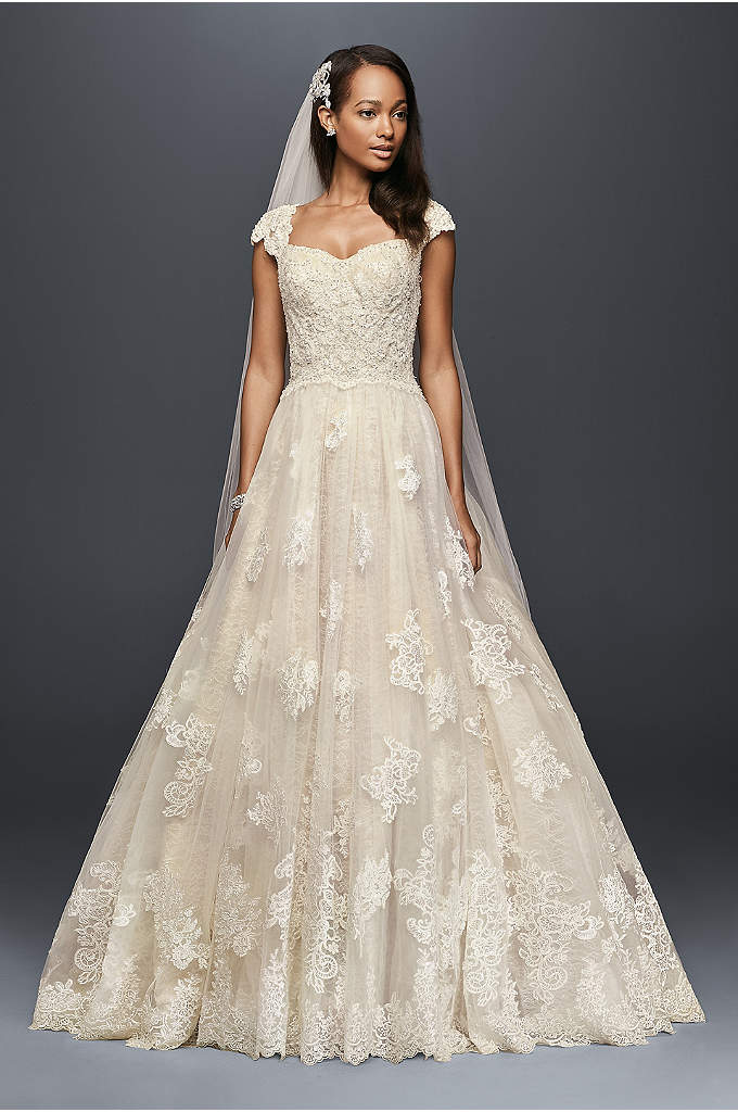 Cap Sleeve Wedding Ball Gown with Lace Appliques - This lovely cap sleeve ball gown is the