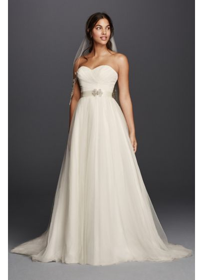 Strapless wedding dress with sweetheart neckline davids for Sweetheart neckline wedding dress