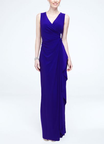 Sleeveless Long Jersey Dress with Side Brooch 5509