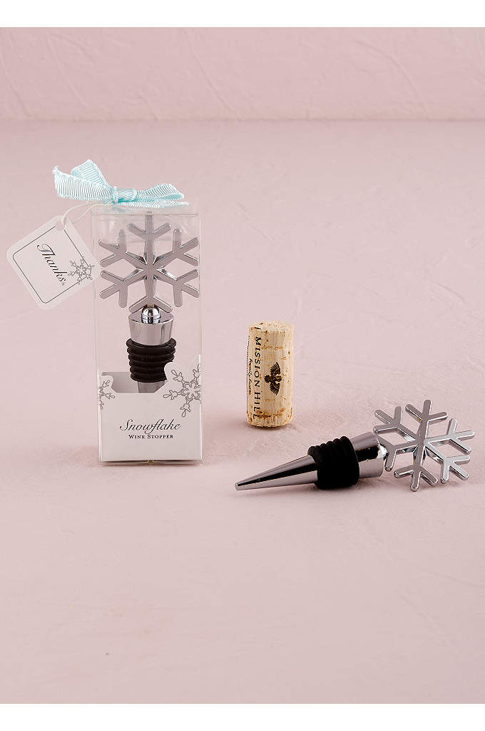 Snowflake Shaped Wine Stopper - This snowflake bottle stopper comes in a stylish