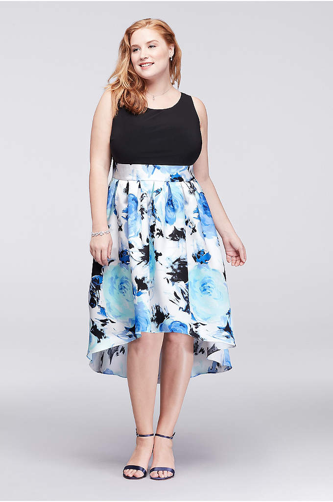 Jersey and Printed Mikado Plus Size Short Dress - The full, floral-printed mikado skirt of this jersey-bodice