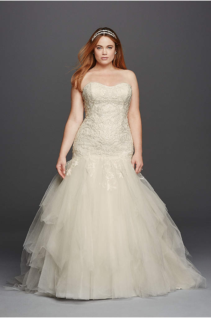 Strapless Sweetheart Tulle Plus Size Wedding Dress - Love at first sight is what you will