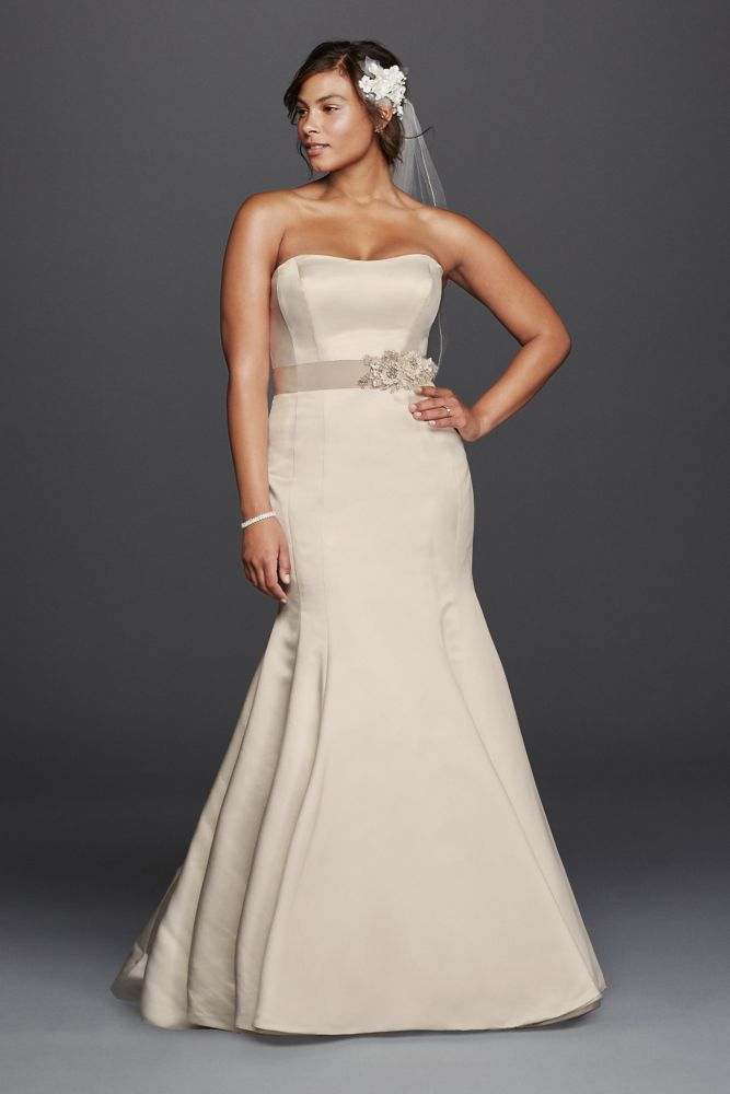 Plus Size Trumpet Wedding Dress With Visible Seams Style 9KP3738
