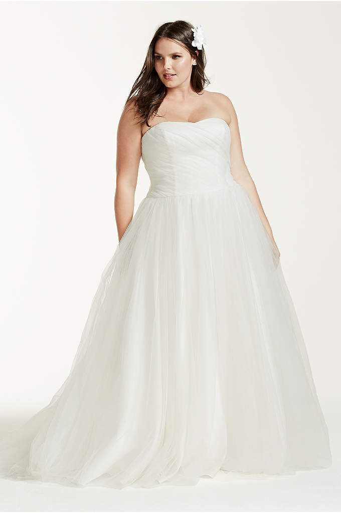 Plus size strapless sweetheart tulle wedding dress for David s bridal tulle wedding dress