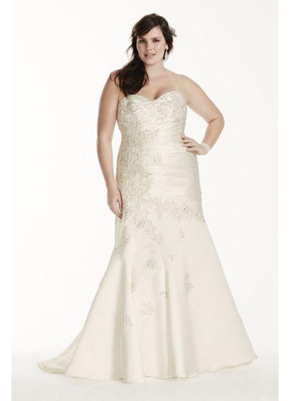 Long Mermaid/ Trumpet Formal Wedding Dress - David's Bridal Collection