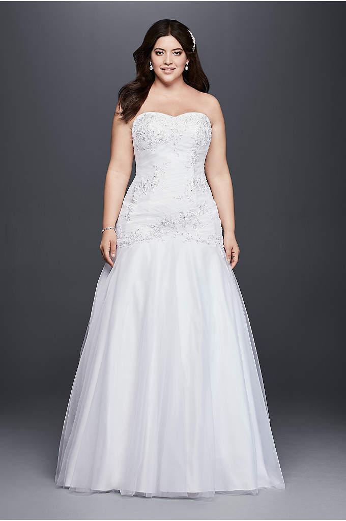 Linear lace plus size wedding dress with ribbon davids for Davids bridal cheap wedding dresses