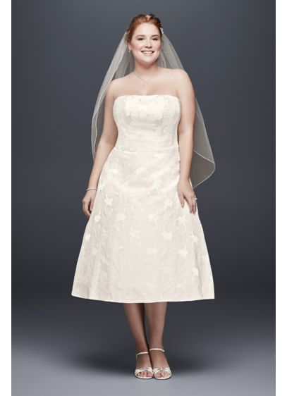 Floral Jacquard Plus Size Tea-Length Wedding Dress | David\'s Bridal