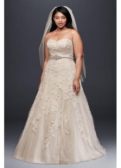 Sweetheart Tulle A Line Gown with Lace Appliques 9V3587