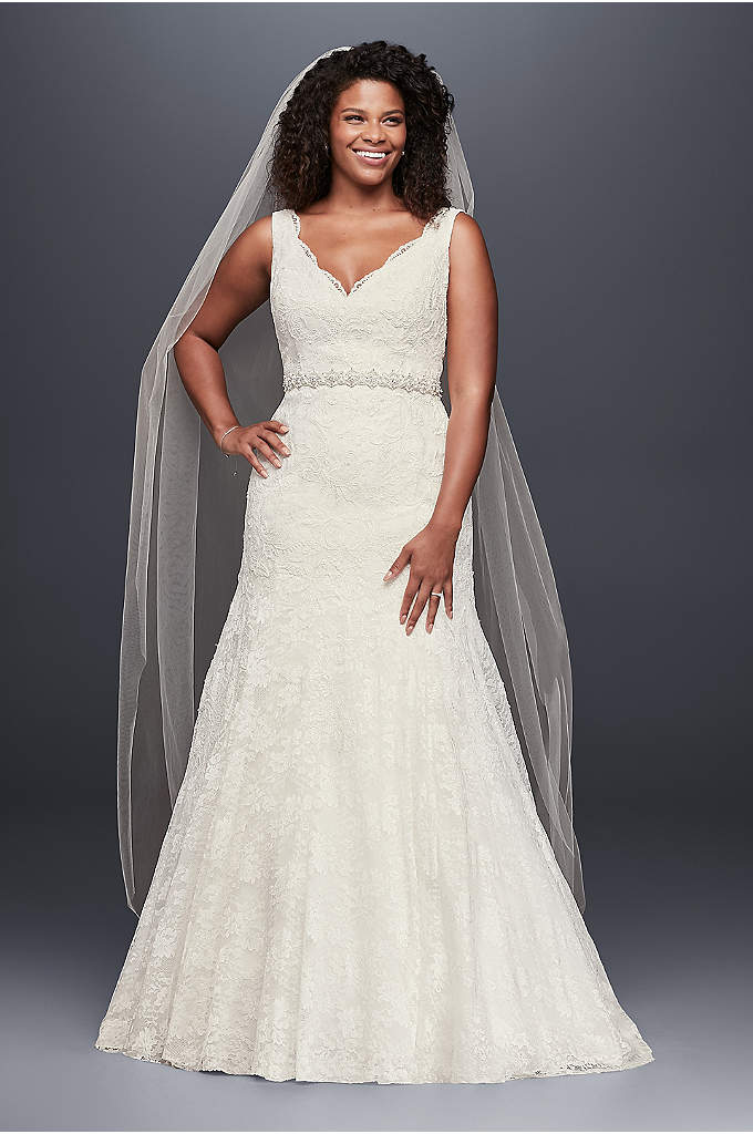 Jewel Scalloped Mermaid Plus Size Wedding Dress - This elegant plus-size lace trumpet gown is truly