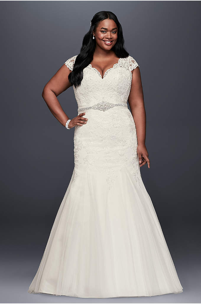 Scalloped Lace Trumpet Plus Size Wedding Dress - Beaded lace appliques cover the cap sleeve, V-neck
