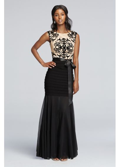 Sleeveless Flocked Lace Bodice with Sheer Trumpet A15335