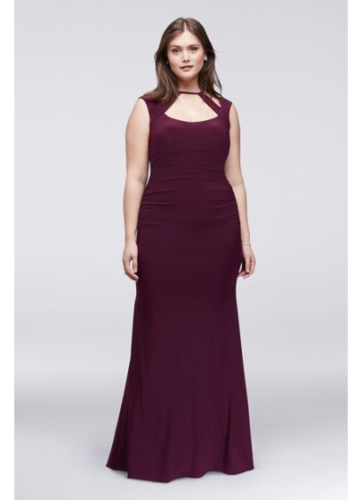 Ruched Plus Size Sheath Dress With Cutout Neckline | David\'s Bridal