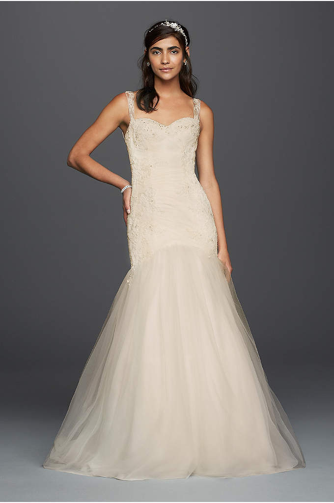 As-Is Tulle Trumpet Illusion Back Wedding Dress - This tulle trumpet wedding dress is incredibly flattering,