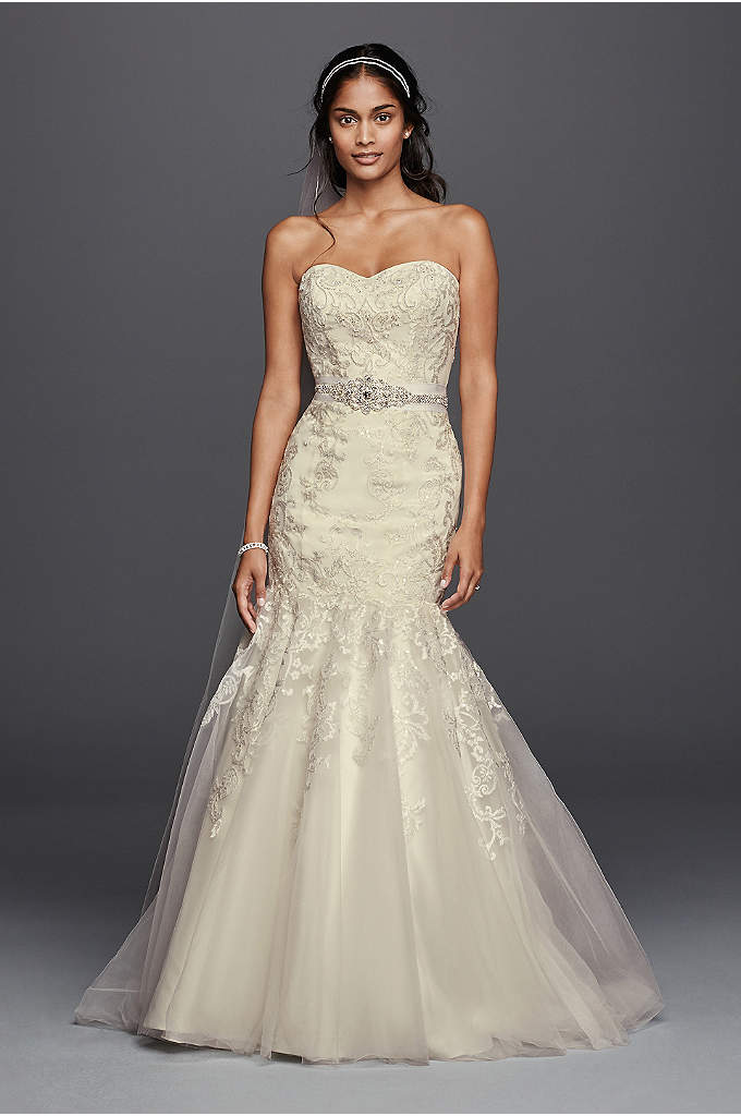 As-Is Lace Wedding Dress with Sweetheart Neckline - All-over beaded lace imbues this mermaid wedding dress