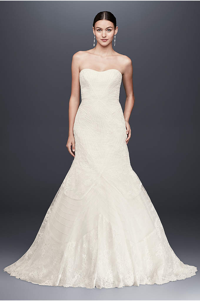 As-Is Geometric Corded Wedding Dress - This alluring trumpet wedding gown from Truly Zac