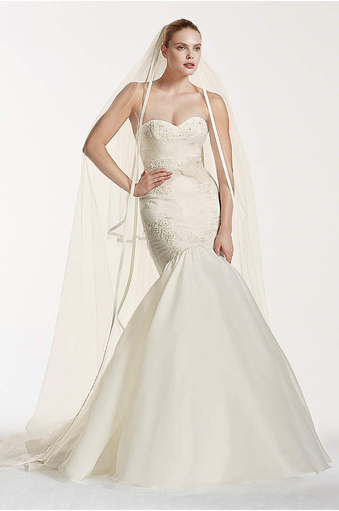 As-Is Mermaid Wedding Dress with Beaded Lace - You'll be an unforgettably chic bride in this