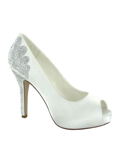 Menbur Ivory (Angelina Open Toe Pump by Menbur)
