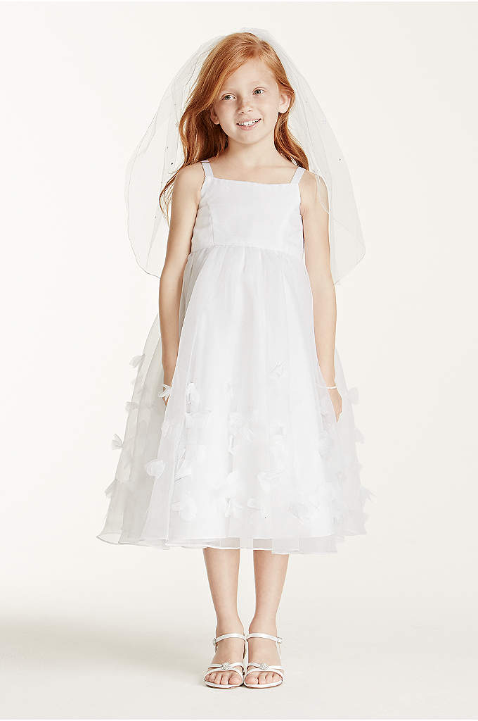 Child's Veil with Pearls and Flowers - Every girl will feel like a princess in
