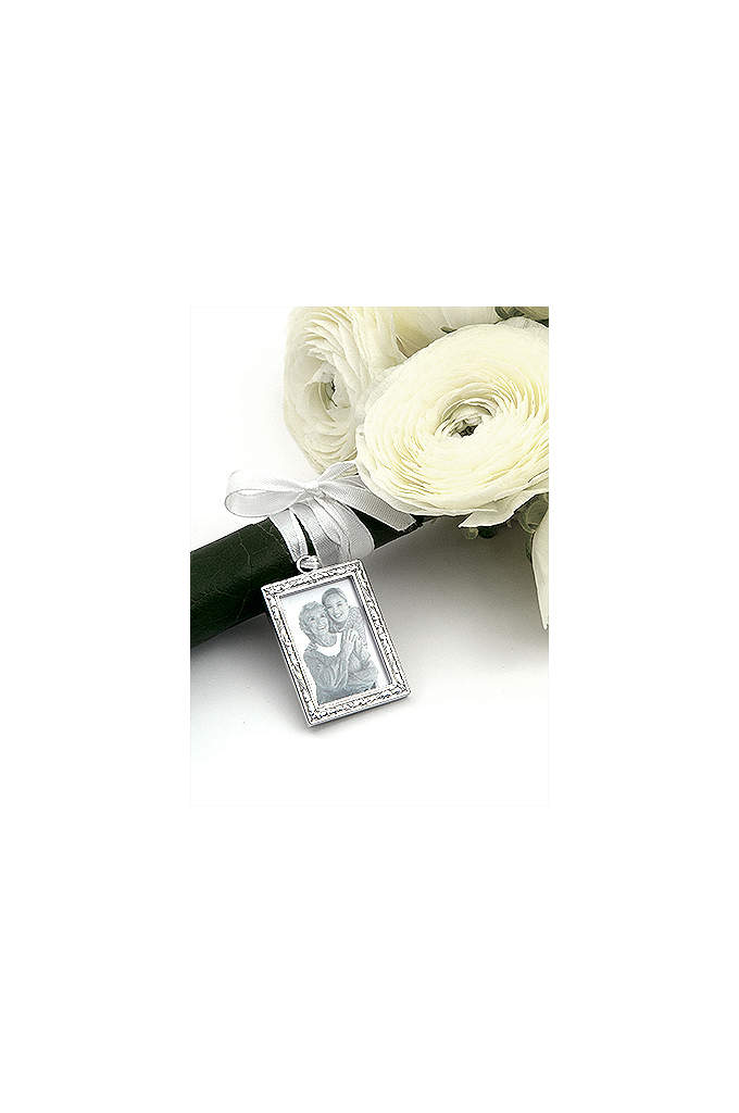DB Exclusive Photo Bouquet Charm - They say a picture is worth a thousand