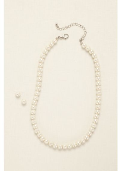 Classic Pearl Necklace and Earring Set DU100135