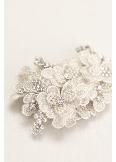 Embroidered Pearl Flower Clip F9059