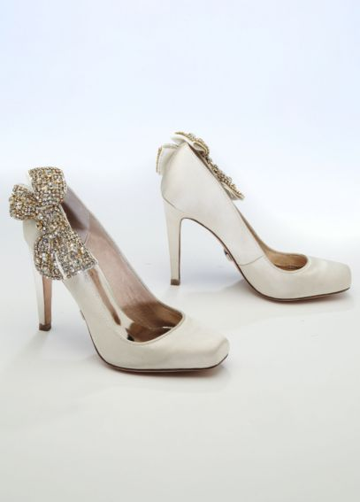 Silk Closed Toe Pumps with Rhinestone Bow FFSSABRENA